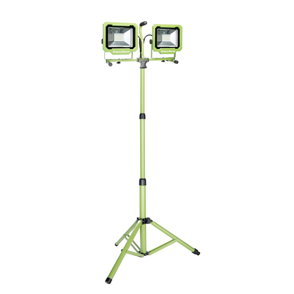 Genial PowerSmith 7500 Lumen 2 Head LED Work Light With Green Adjustable Metal  Tripod