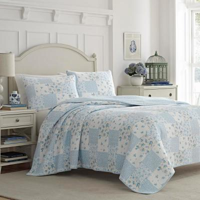 Kenna Blue 3-Piece Full/Queen Quilt Set