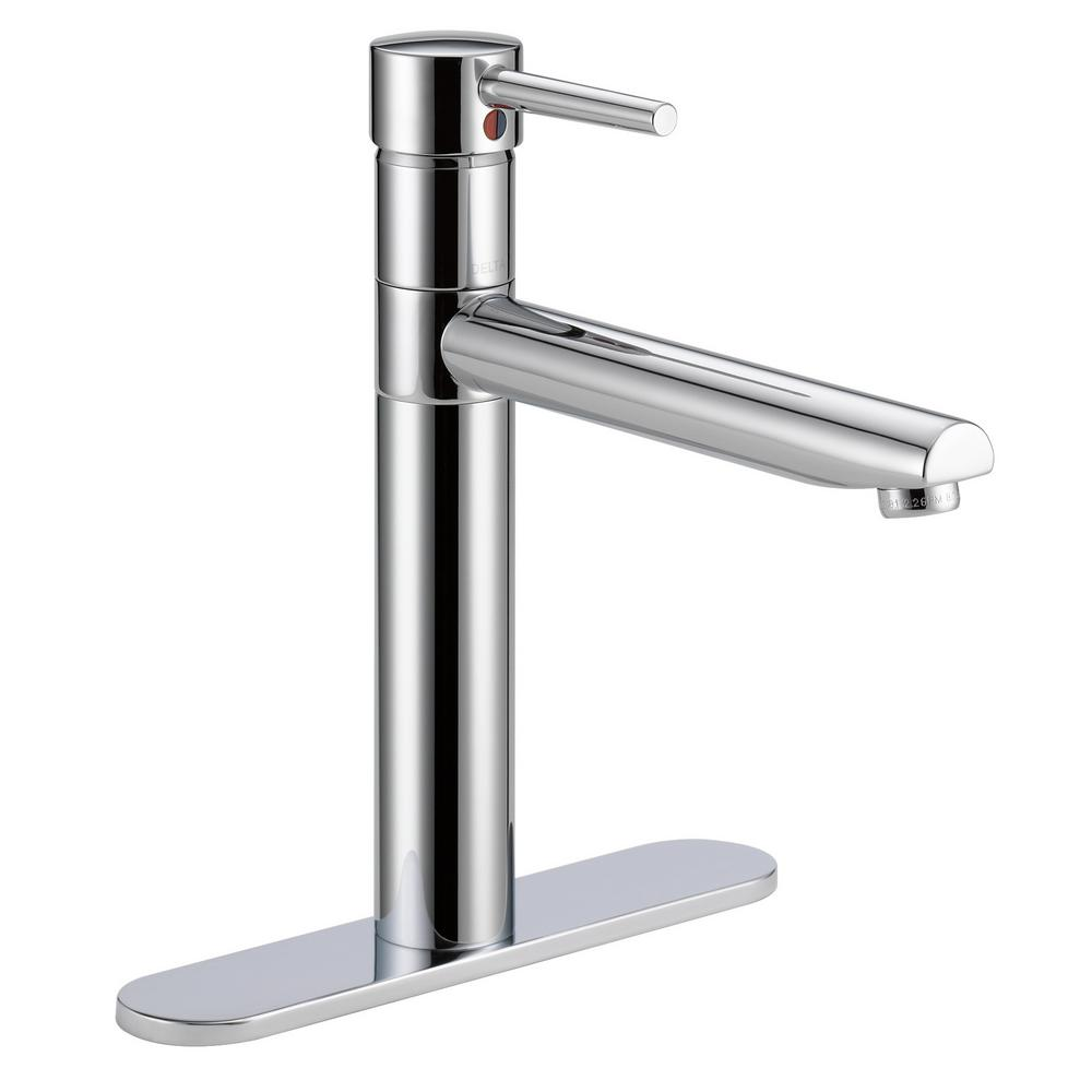 Trinsic Single-Handle Standard Kitchen Faucet in Chrome