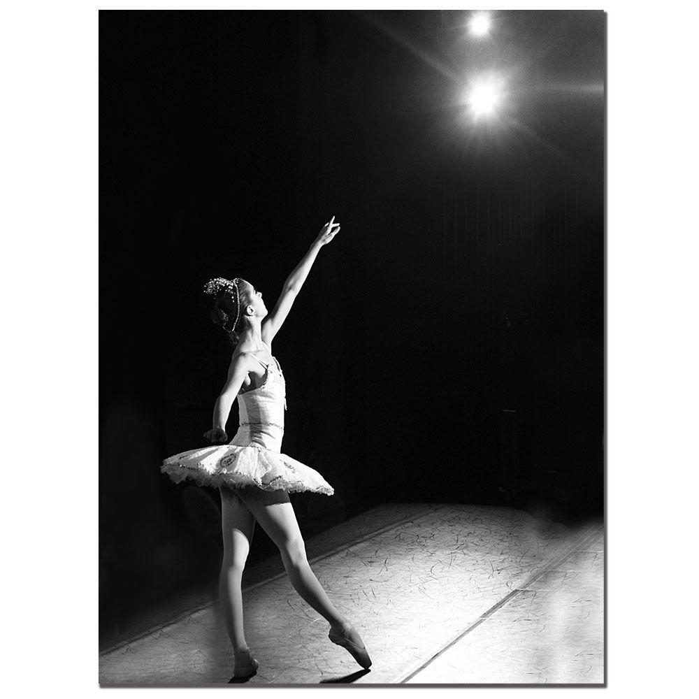 18 in. x 24 in. Ballerina I Canvas Art