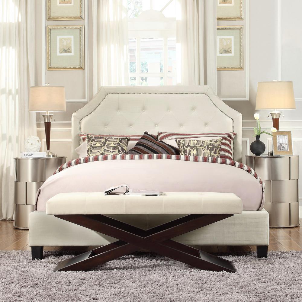 HomeSullivan Monarch White Queen Upholstered Bed
