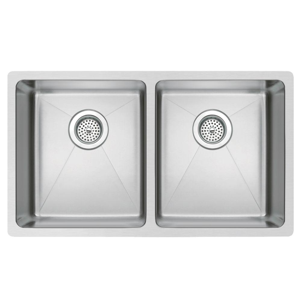 Undermount Small Radius Stainless Steel 31.in 0-Hole Double Bowl Kitchen Sink