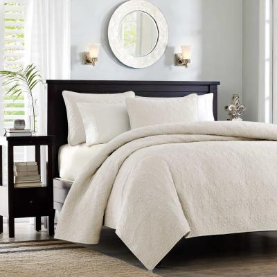Mansfield 3-Piece Cream Full/Queen Coverlet Set
