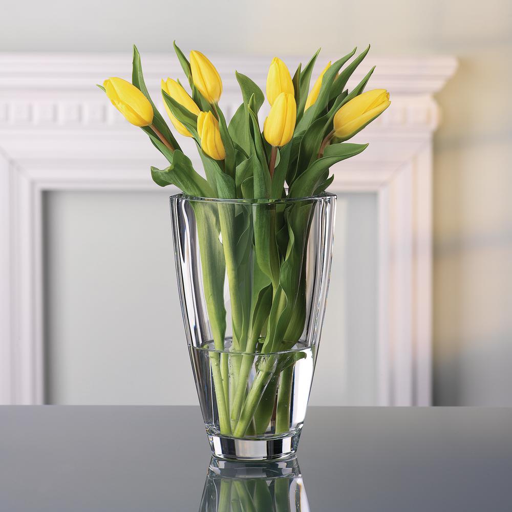 Carre 9 in. Decorative Vase