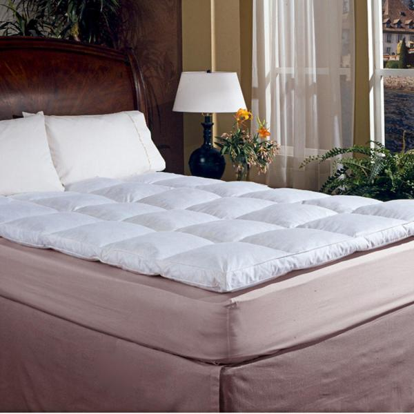Blue Ridge Classic 2 in. Gusset Queen Featherbed 706103