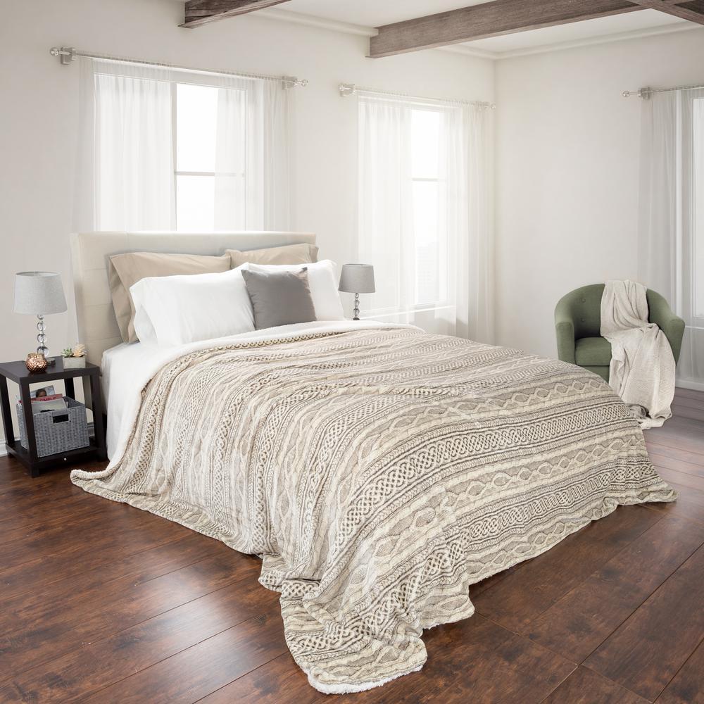 Beige Polyester Flannel/Sherpa King Blanket