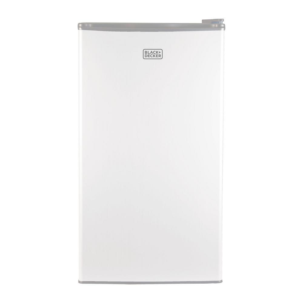 BLACK+DECKER 3.2 cu. ft. Mini Refrigerator in White