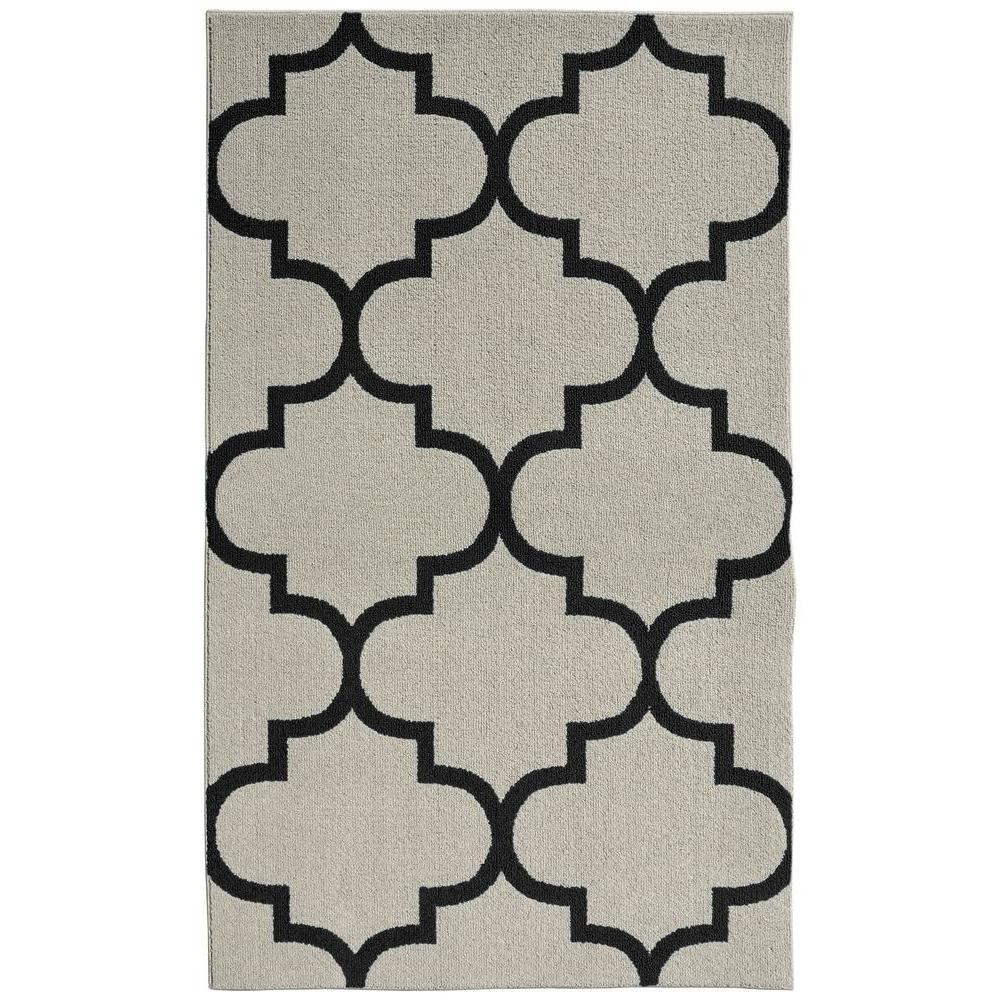 Garland Rug Large Quatrefoil Silver Black 5 Ft X 7 Ft Area Rug Ll240a060084f1 The Home Depot