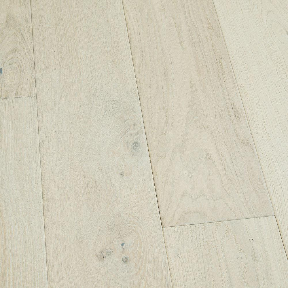 Malibu Wide Plank Take Home Sample French Oak Rincon Engineered Click Hardwood Flooring 5 In. X 7 In.