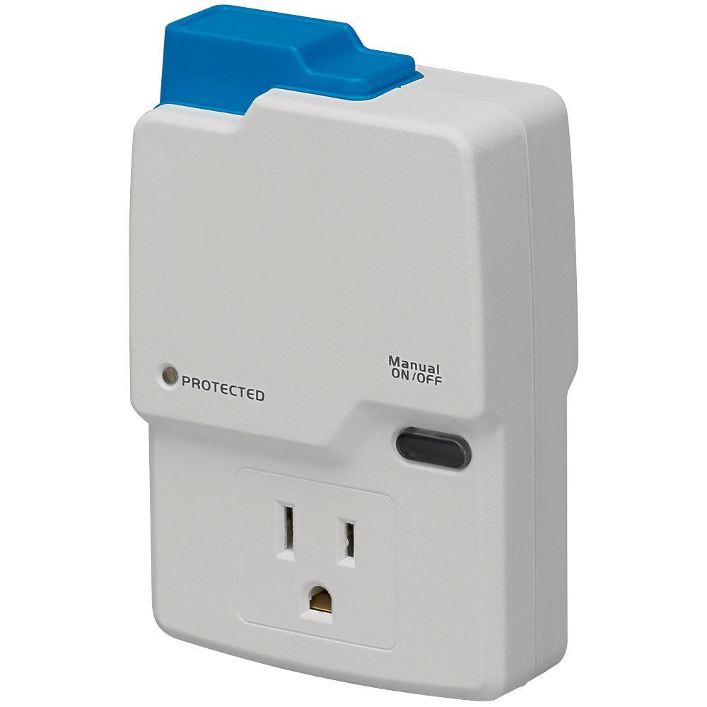 Homewerks Worldwide Wi-Fi Enabled Power Plug