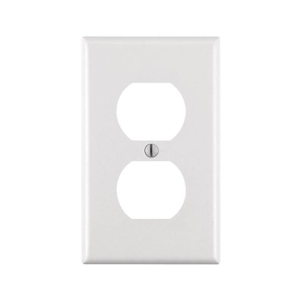 Leviton 1 Gang Duplex Outlet Wall Plate White R52 88003 00w The Home Depot