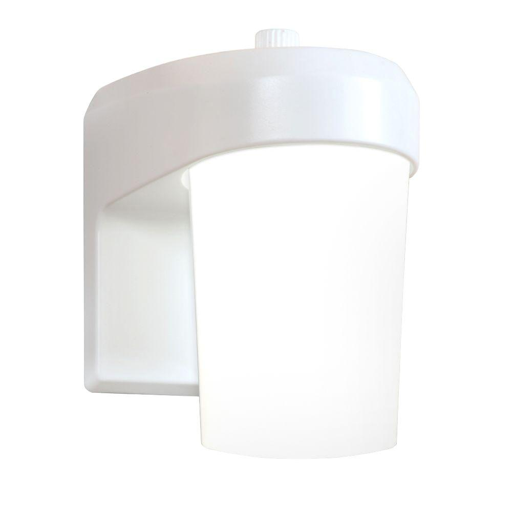 Halo fe white outdoor integrated led entry and patio wall mount halo fe white outdoor integrated led entry and patio wall mount lantern with dusk to dawn photocell sensor fe0650lpcw the home depot aloadofball Images