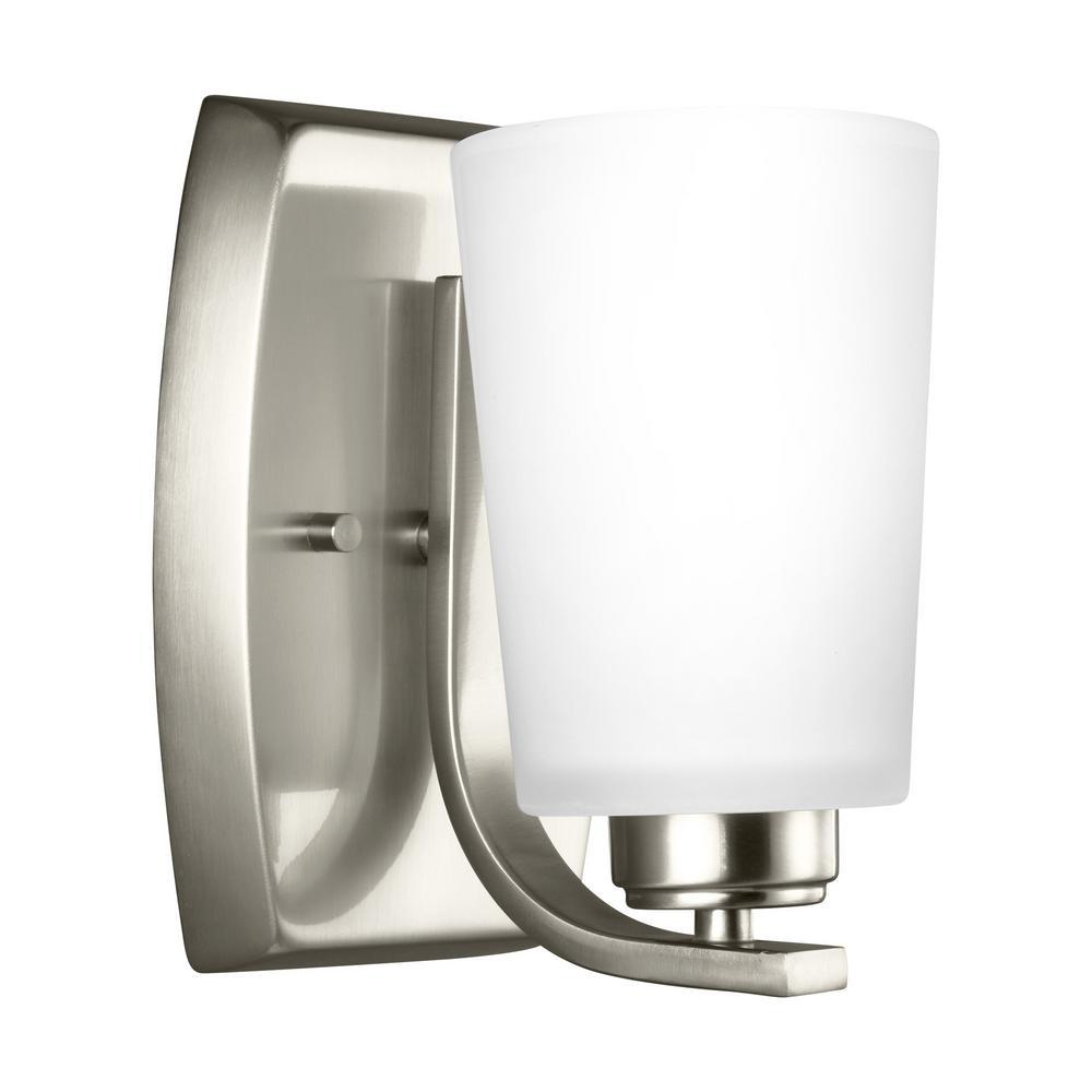 Franport 1-Light Brushed Nickel Sconce