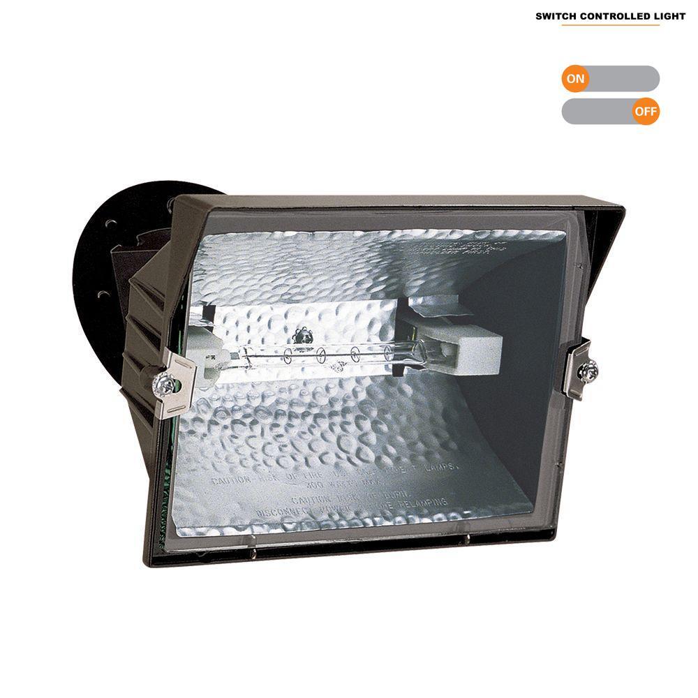 Outdoor Bronze 300-Watt Quartz Halogen Flood Light