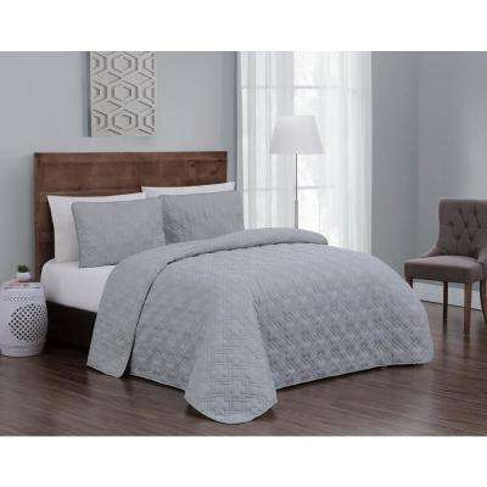 Embossed Jess Light Grey Twin Quilt Set (2-piece)