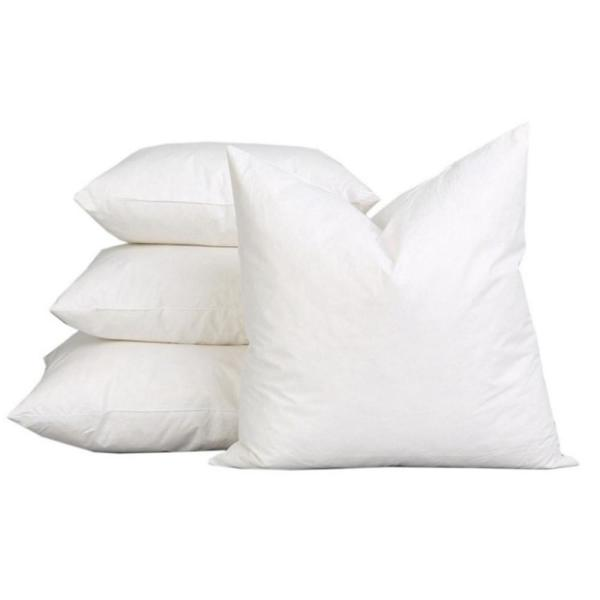 White Solid Down Alternative 22 in. x 22 in. Throw Pillow (Set of 2)