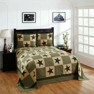 Star 1-Piece Green and Gold Full Double Bedspread