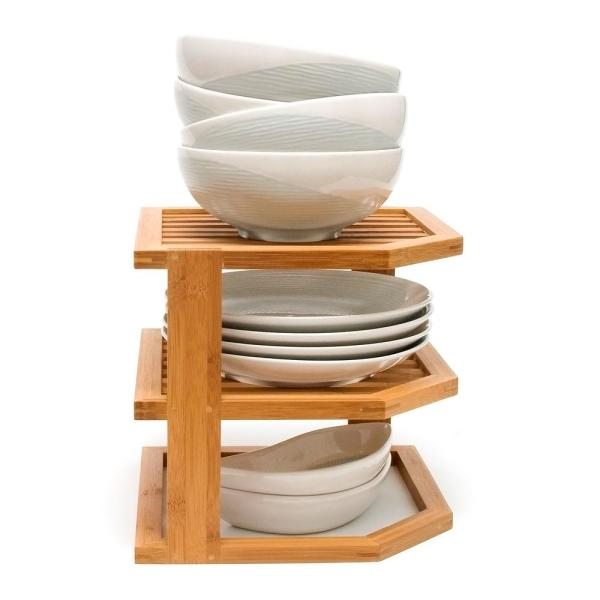 Lipper International - 9.5 in. x 10 in. x 10 in. Bamboo 3-Tier Corner Shelf