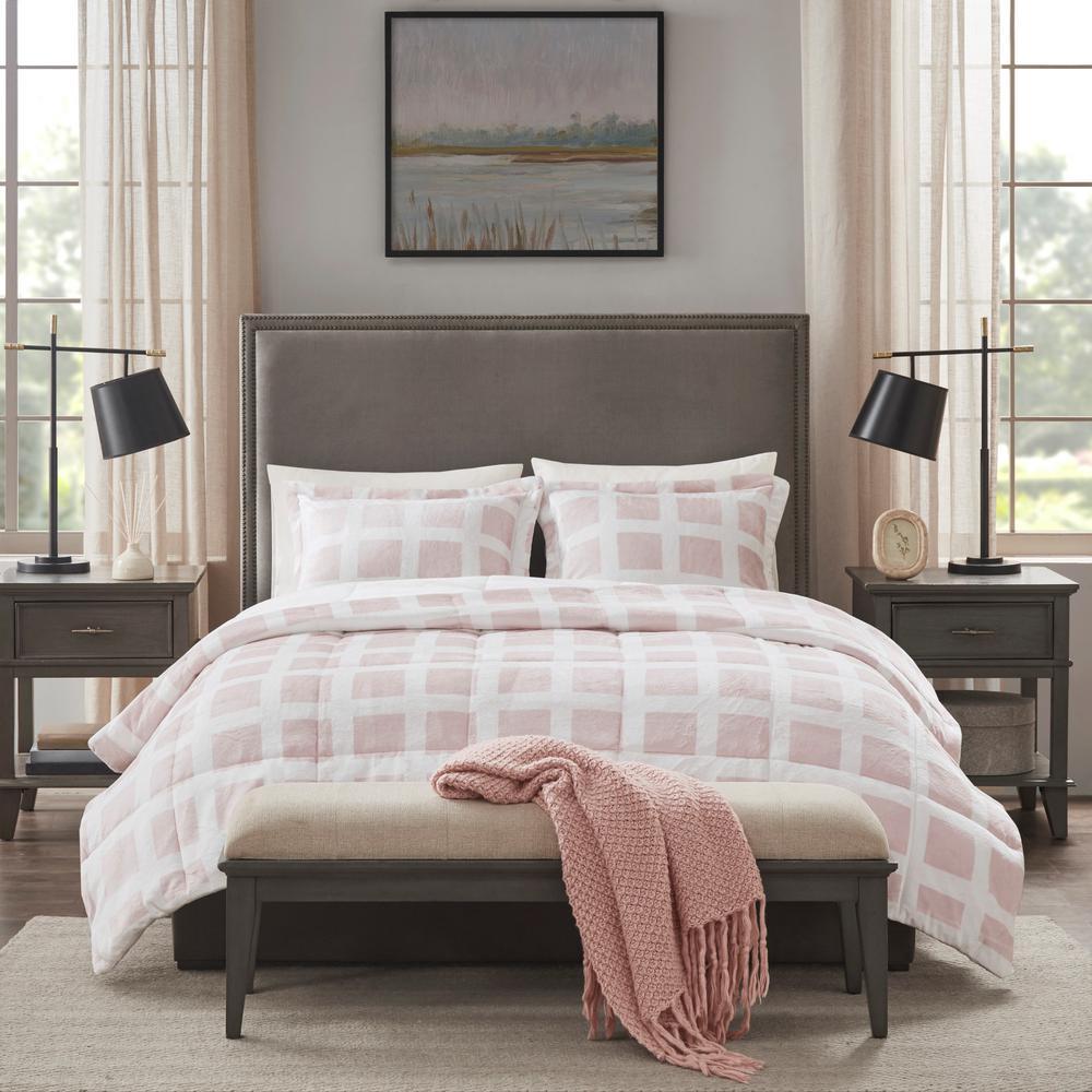 Mills 3-Piece Blush King Plush Comforter Set