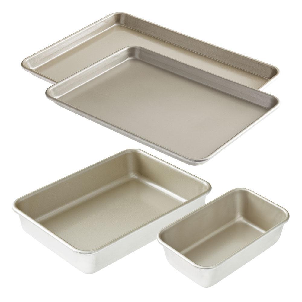 American Kitchen 4-Piece Nonstick Bakeware Set by American Kitchen