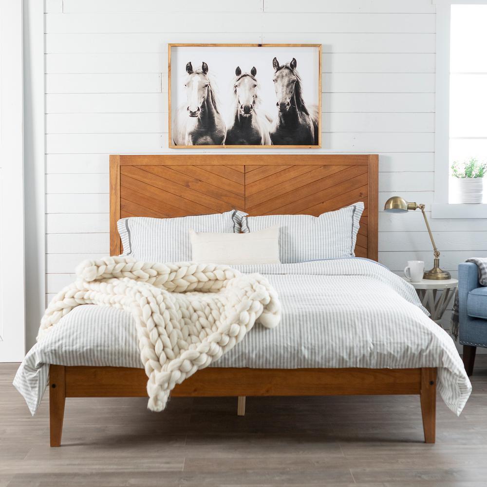 Transitional Solid Wood Platform Queen Bed - Caramel