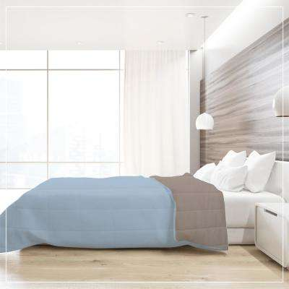 A1HC Twin Down Alternative Reversible Comforter