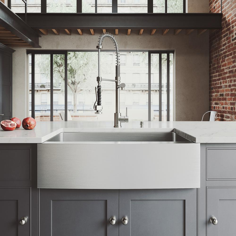 VIGO All-in-One 33 in. Bedford Stainless Steel Single Bowl Farmhouse  Kitchen Sink with Pull Down Faucet in Stainless Steel