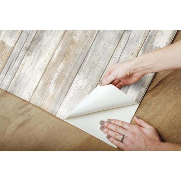 Roommates Distressed Wood Vinyl Peelable Roll Covers 28 18 Sq Ft Rmk9050wp The Home Depot