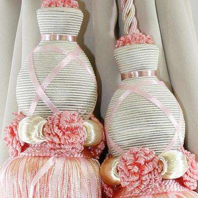 Handcrafted 27 in. L Dual Tassel Knit Curtain Tieback in Pink (2-Pack)