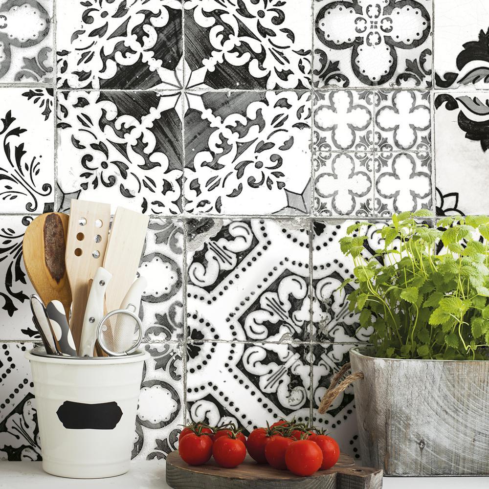 Roommates Black Mediterranean Tile Vinyl Peelable Wallpaper Covers 28 18 Sq Ft Rmk11282wp The Home Depot