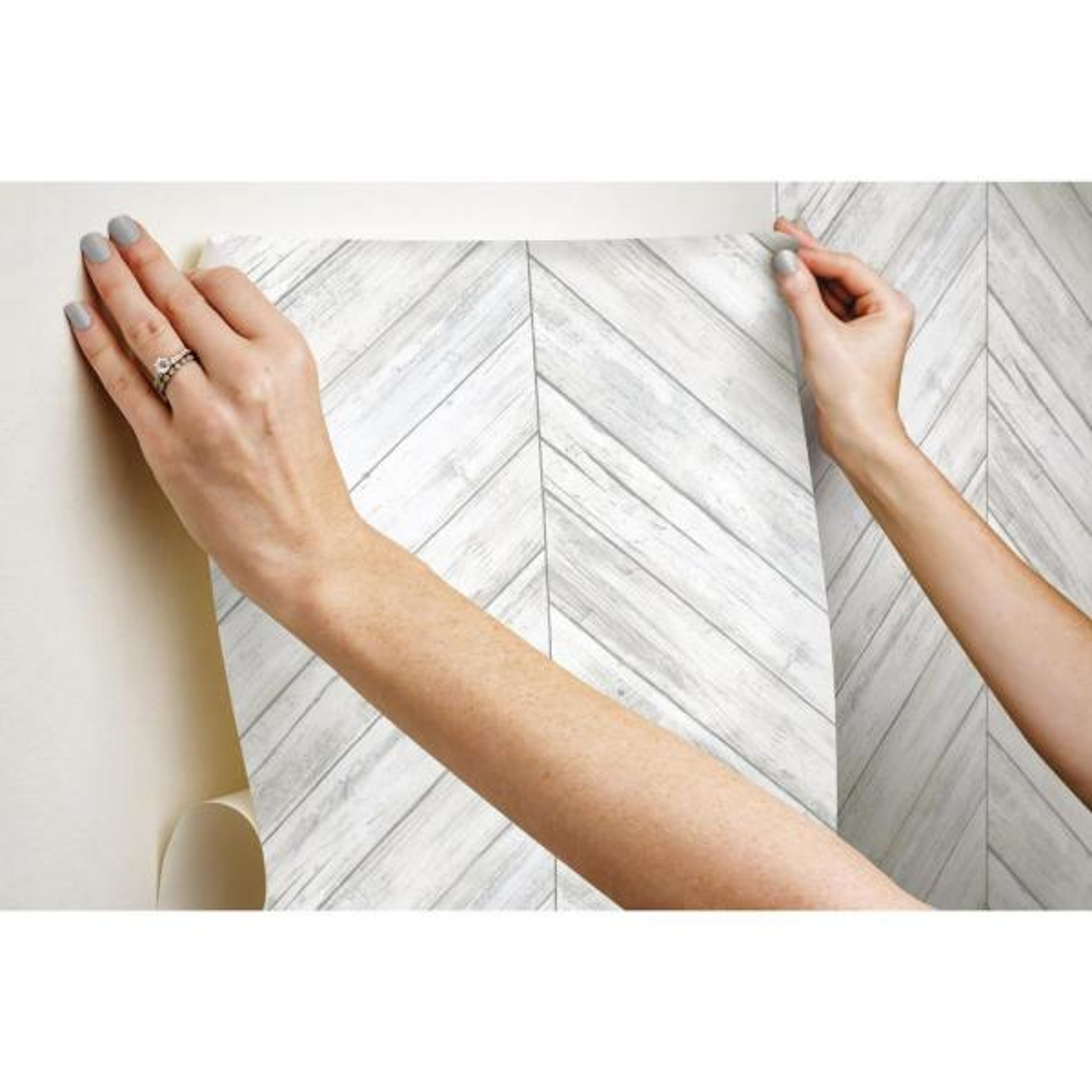 Roommates Herringbone Wood Boards White Tan Vinyl Peelable Roll Covers 28 18 Sq Ft Rmk11453wp The Home Depot