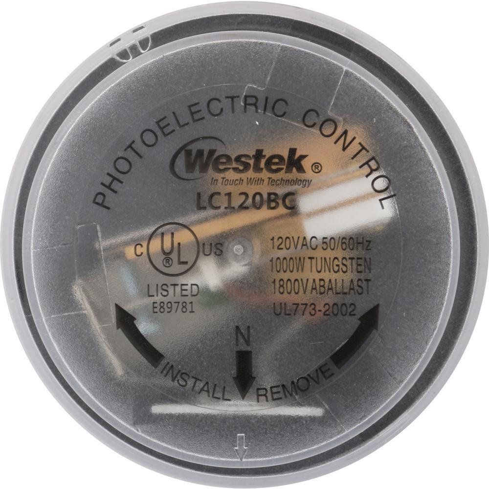 Defiant 1000-Watt Outdoor Twist-Lock Light Control