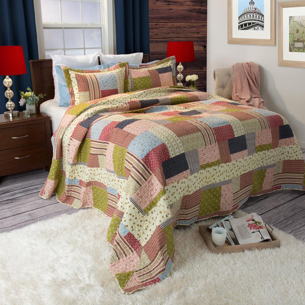 Savannah Green Polyester Twin Quilt