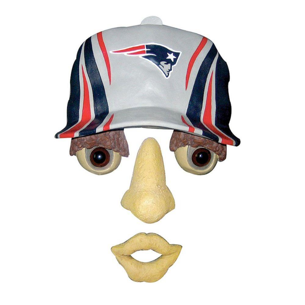 Team Sports America 14 in. x 7 in. Forest Face New England Patriots