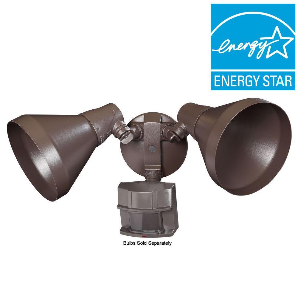 Heath Zenith 180-Degree Outdoor Motion-Sensing Security Light