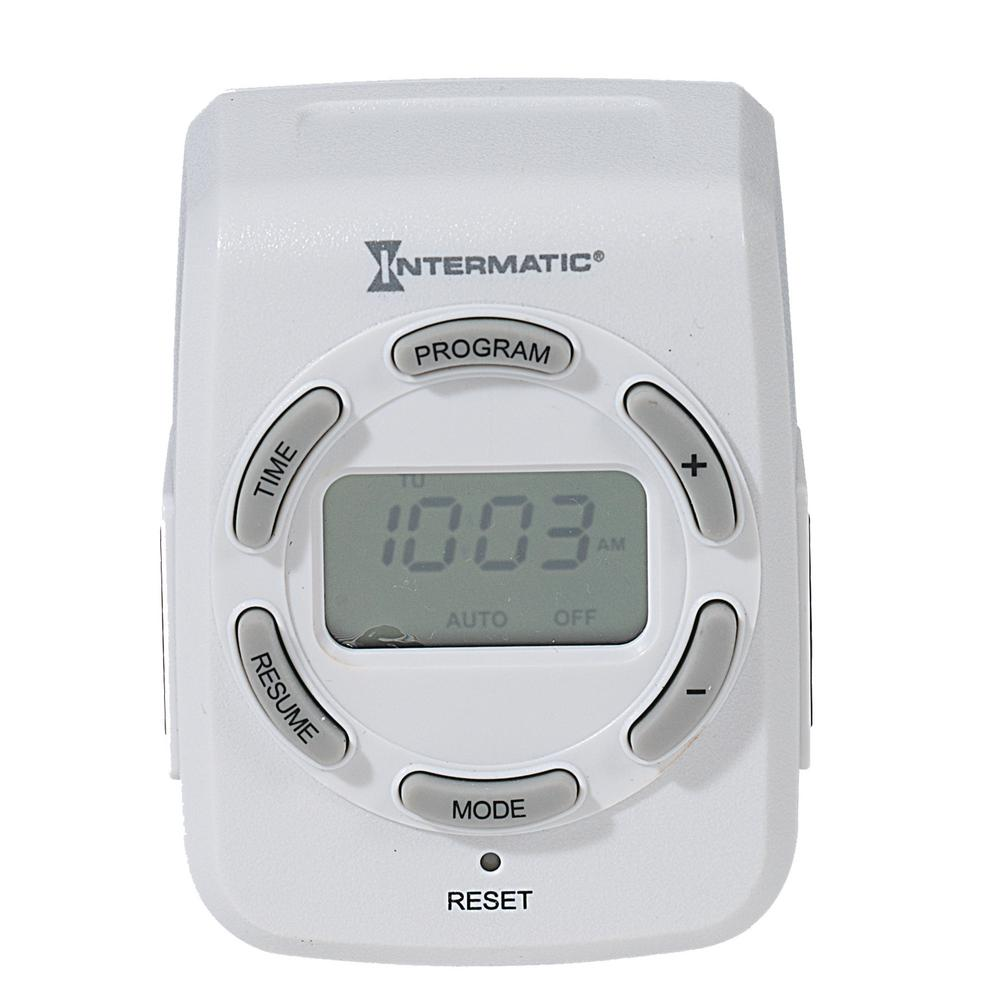 Pæn Intermatic 15 Amp 7-Day Indoor Plug-In Heavy-Duty Digital Timer JT92