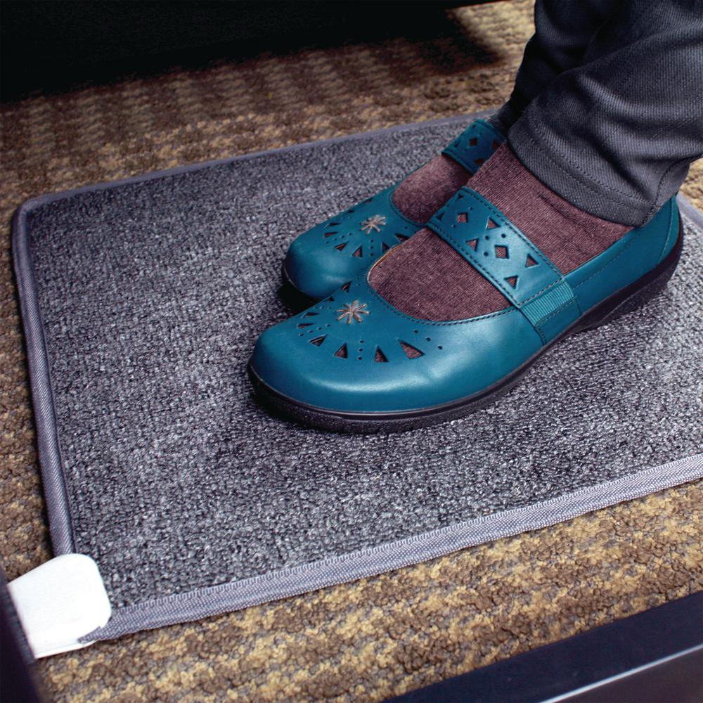 250 Btu Cozy Toes Carpeted Foot Warmer