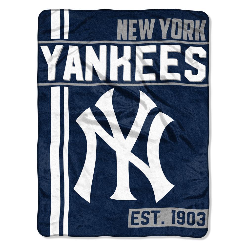 New York Yankees Polyester Throw Blanket