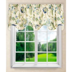Brissac 17 inch L Polyetser Lined Scallop Valance in Blue by