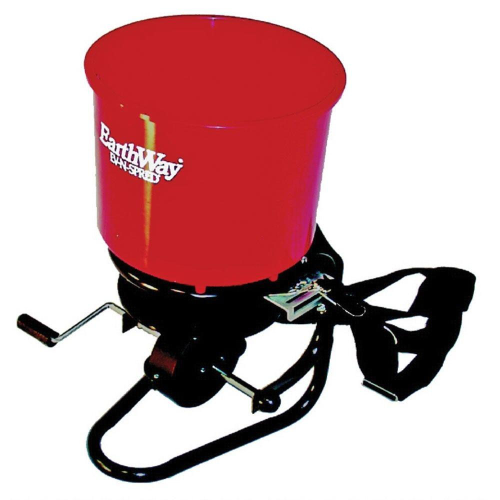 EarthWay Professional 40 lb. Hand Crank Chest Spreader