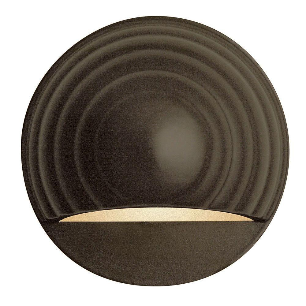 Hinkley Lighting Low-Voltage 7-Watt Bronze Round Deck Sconce