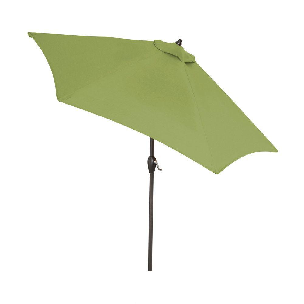 Aluminum Patio Umbrella In Sunbrella Spectrum Cilantro