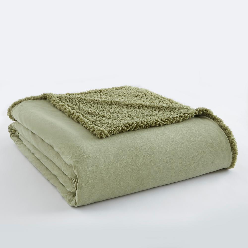 Meadow Sherpa Back Polyester King Blanket