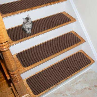 Scrape Rib Collection Brown 8 in. x 30 in. Black Latex Back Stair Tread Cover (Set of 7)