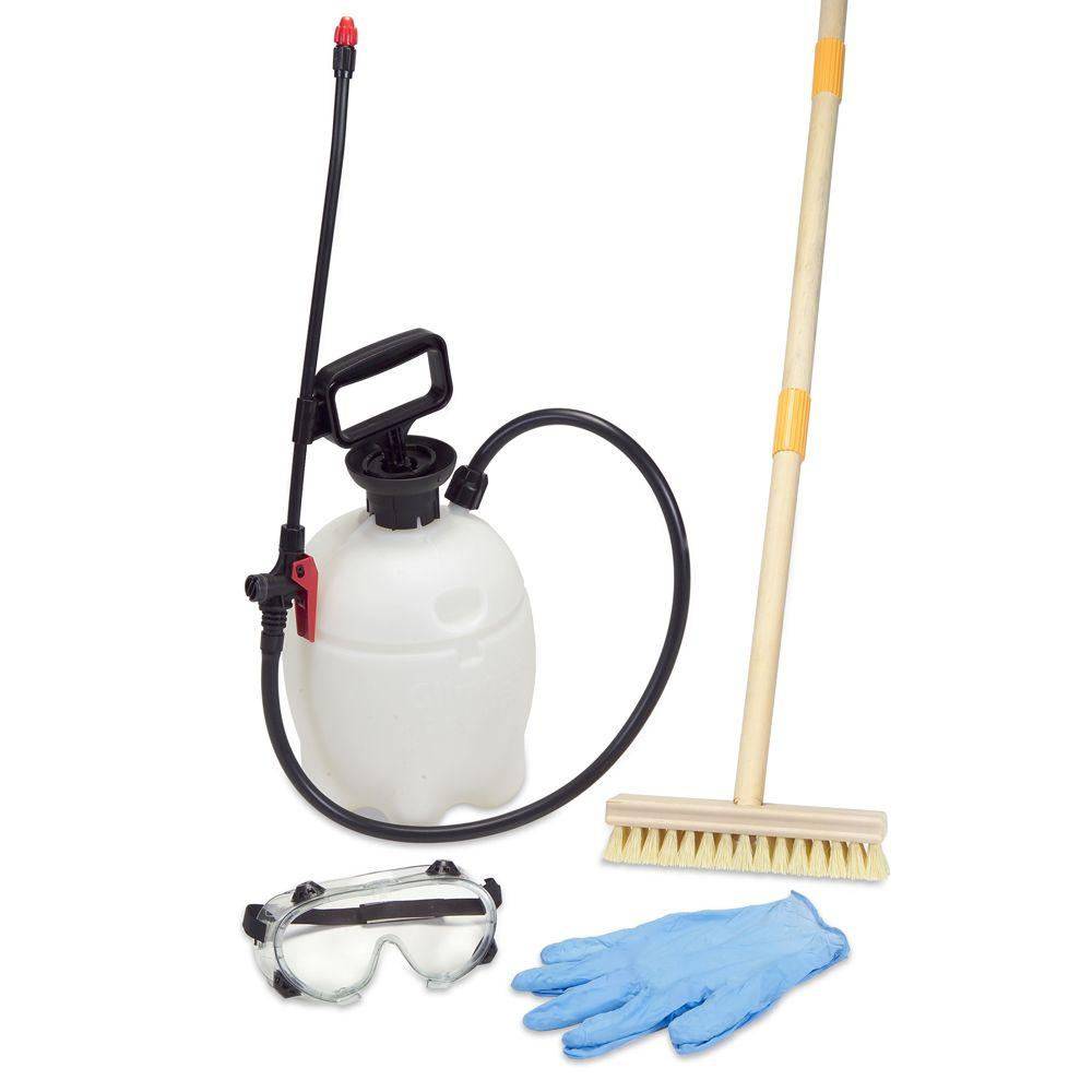 Expert Chemical 1 gal. Pump Sprayer and Deck Cleaning Kit