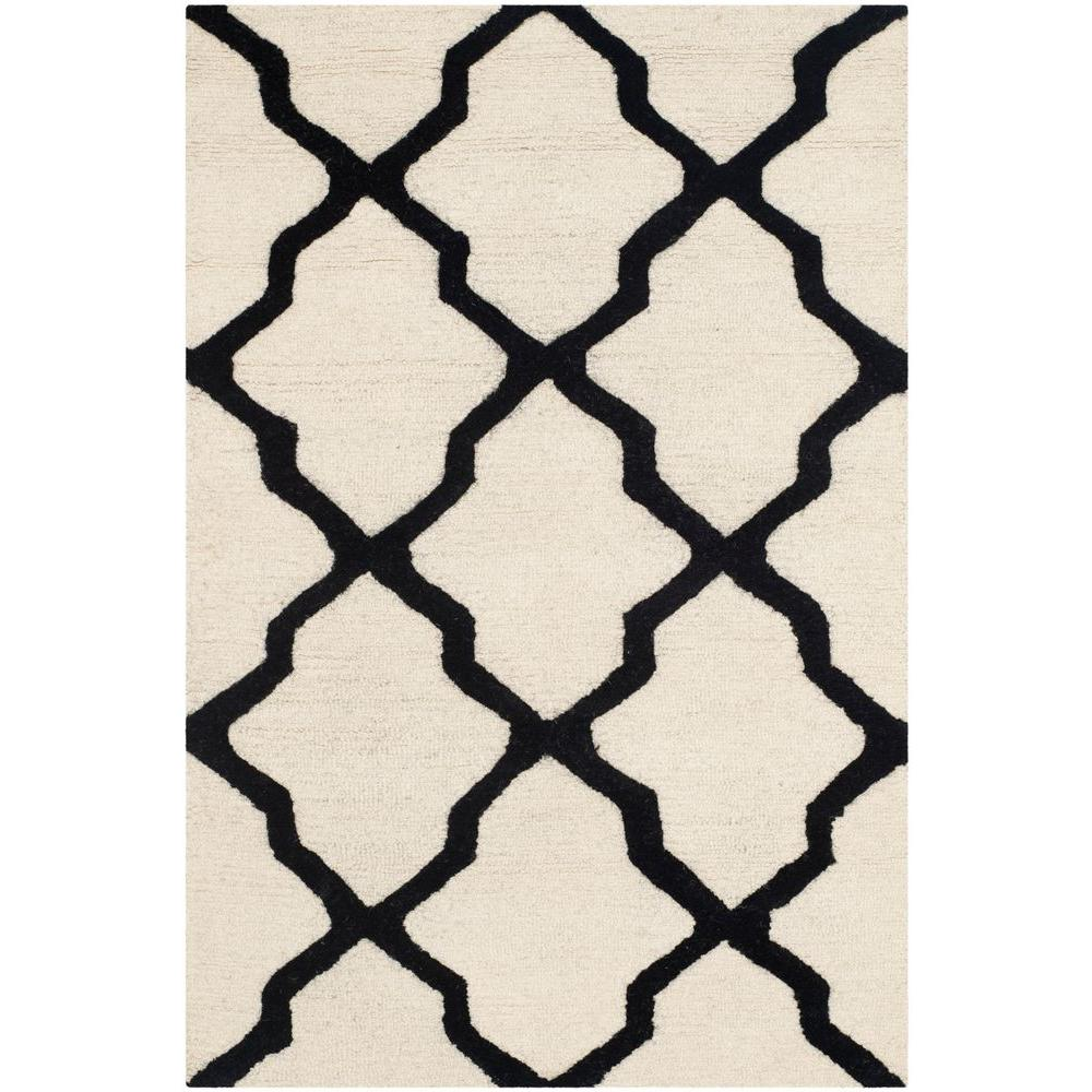 Cambridge Ivory/Black 2 ft. 6 in. x 4 ft. Area Rug