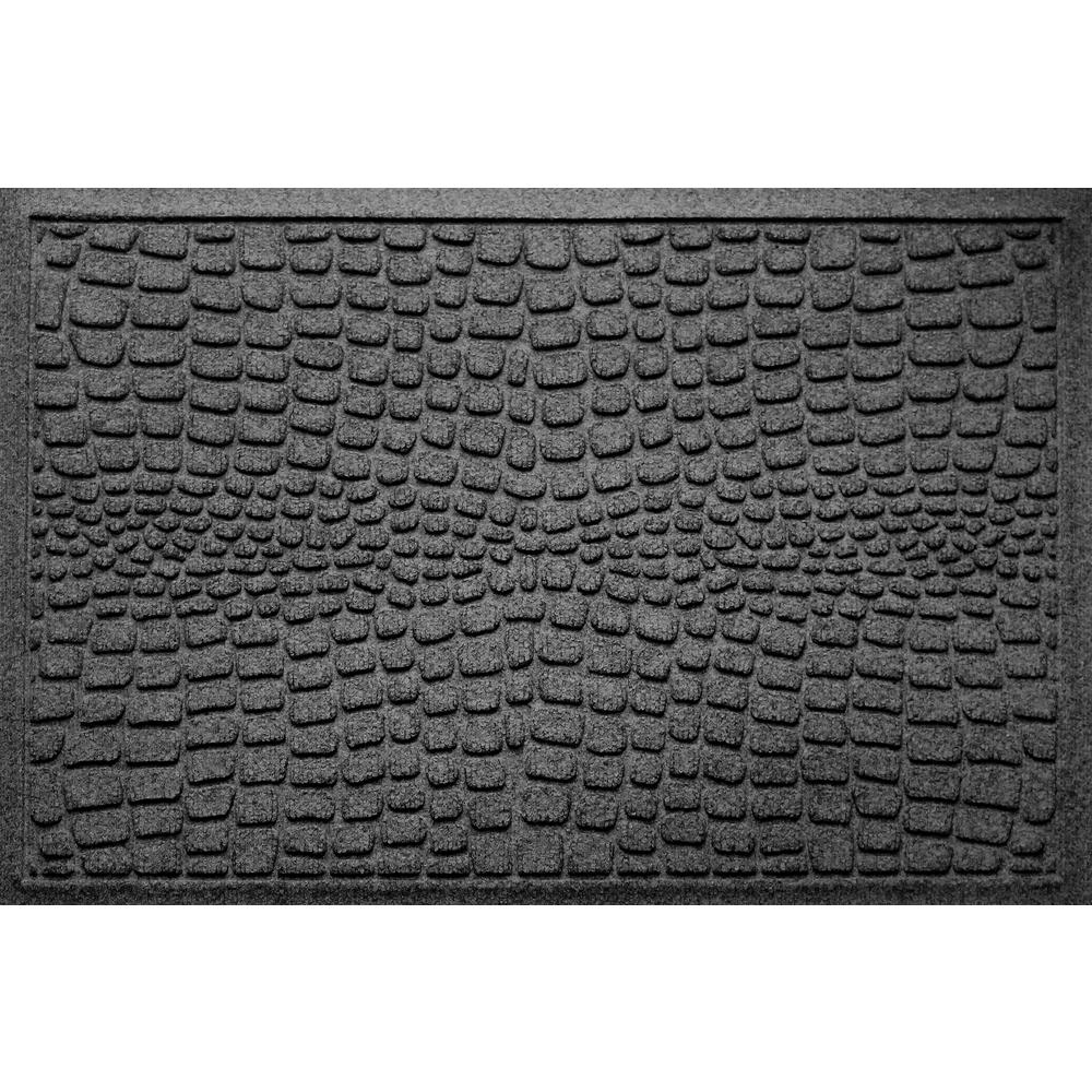 Alligator Charcoal 24 in x 36 in Polypropylene Door Mat