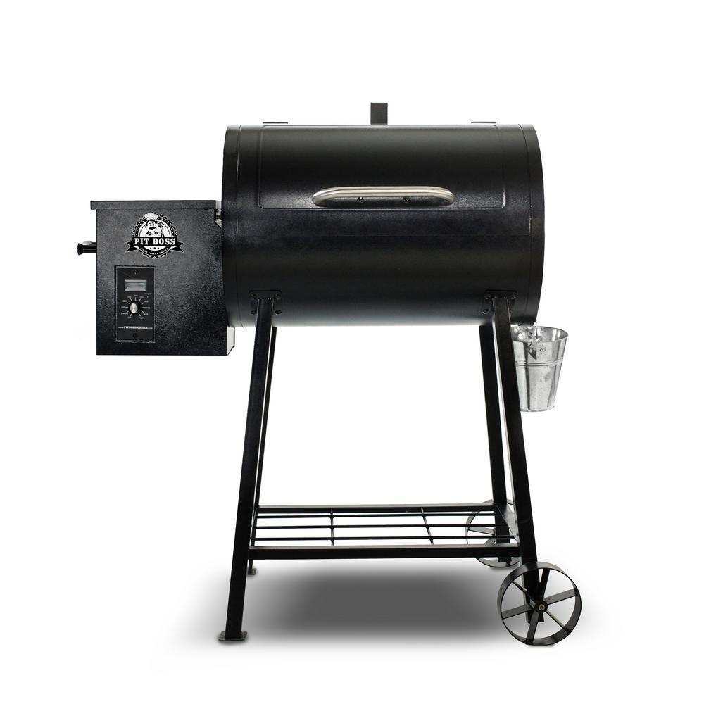 340 Pellet Grill in Black