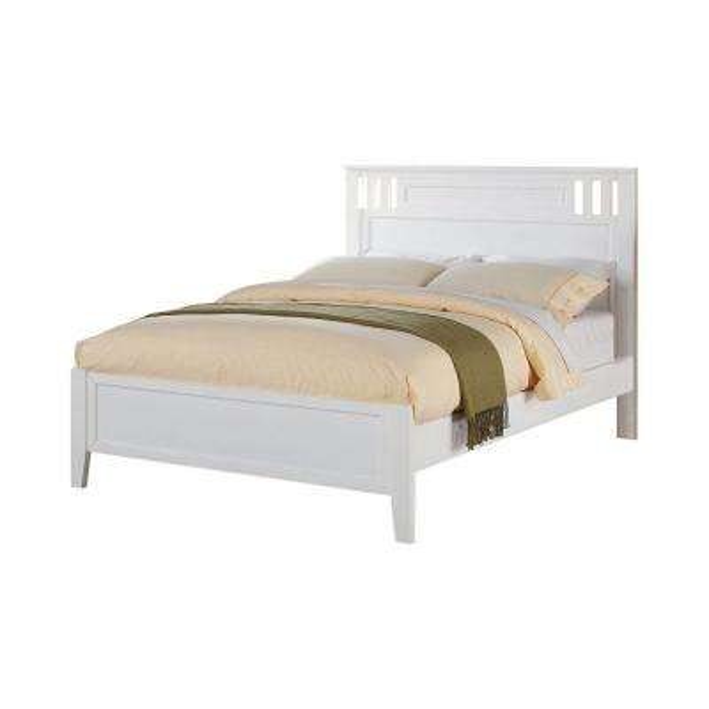 Fantastic White Wooden Full Bed