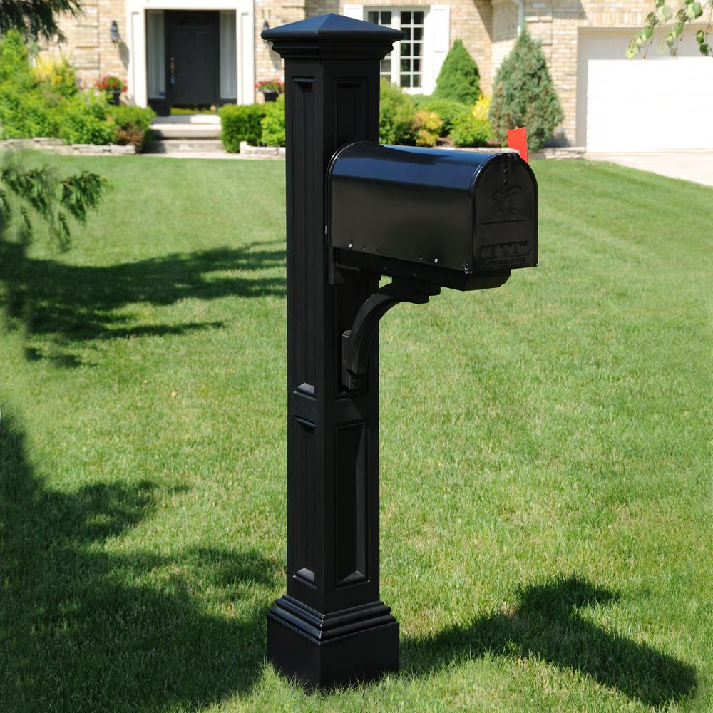 Charleston Mail Post, Black